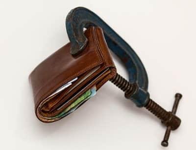 Skurczony i pusty portfel - a pewność finansowania