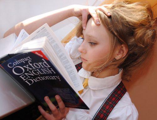 Tanie podręczniki – gdzie ich szukać i jak oszczędzić na ich zakupie? Używane czy nowe?