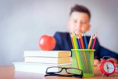 Wyprawka szkolna uczeń