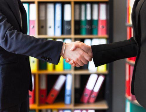 Kredyt kupiecki – czym jest i jaki jest jego koszt? Korzyści i limity