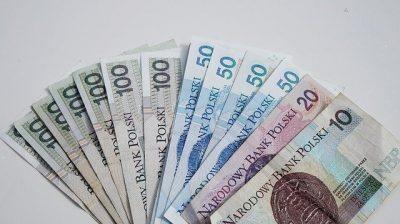 Banknoty polskie - 100, 50, 20, 10 złotych - gotówka
