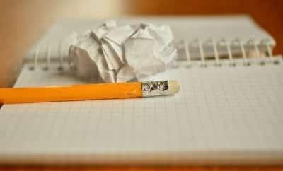 list motywacyjny - ołówek z gumką i kartka